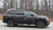 2014 Nissan Pathfinder spy photo