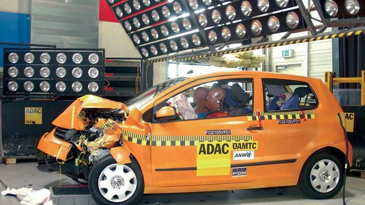 New VW Fox is No. 1 in ADAC crash test