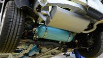 PSA Peugeot Citroën debuts Hybrid Air powertrain, set to enter production in 2016 [video]