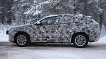 2017 BMW X2 returns in new spy photos
