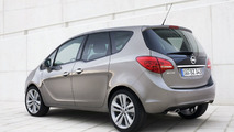 Opel Meriva Reveals Interior: First Video