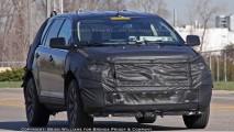 Novo Ford Edge é flagrado com camuflagem pesada nos EUA - Nova versão chegará em 2010