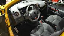 2013 Renault Clio RS 200 live in Paris 27.09.2012