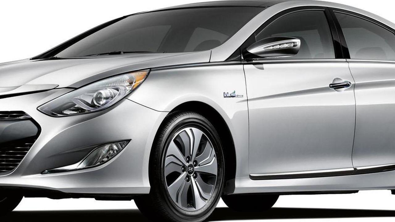 2013 Hyundai Sonata Hybrid 21.2.2013