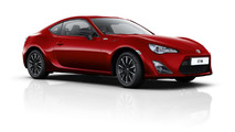 Toyota applies £300 price cut in UK for 2015 GT86