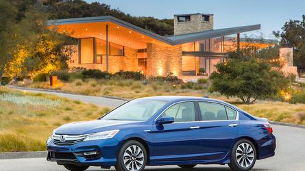 2017 Honda Accord Hybrid: Sedan Sensibility With NSX Tech