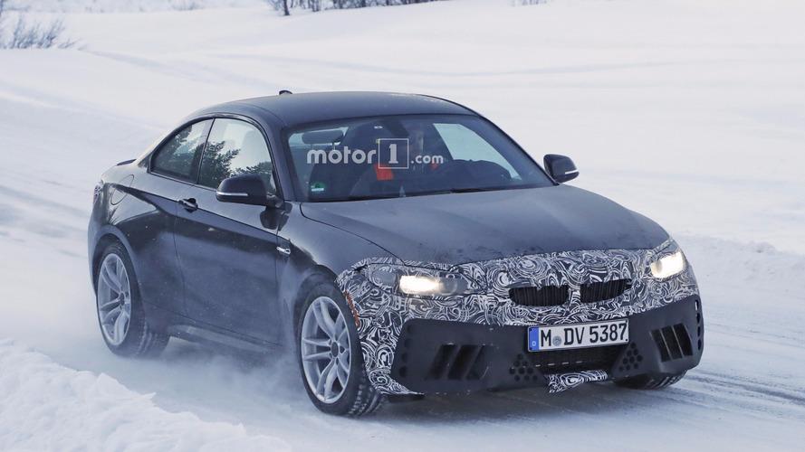 2018 BMW M2 facelift spy shots