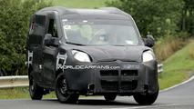 New Fiat Doblo spy photo