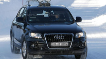 New Audi Q5 facelift spotted winter testing
