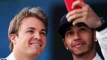 Boss plays down 'naughty' Rosberg-Hamilton move