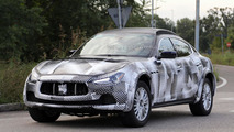 2016 Maserati Levante spy photo