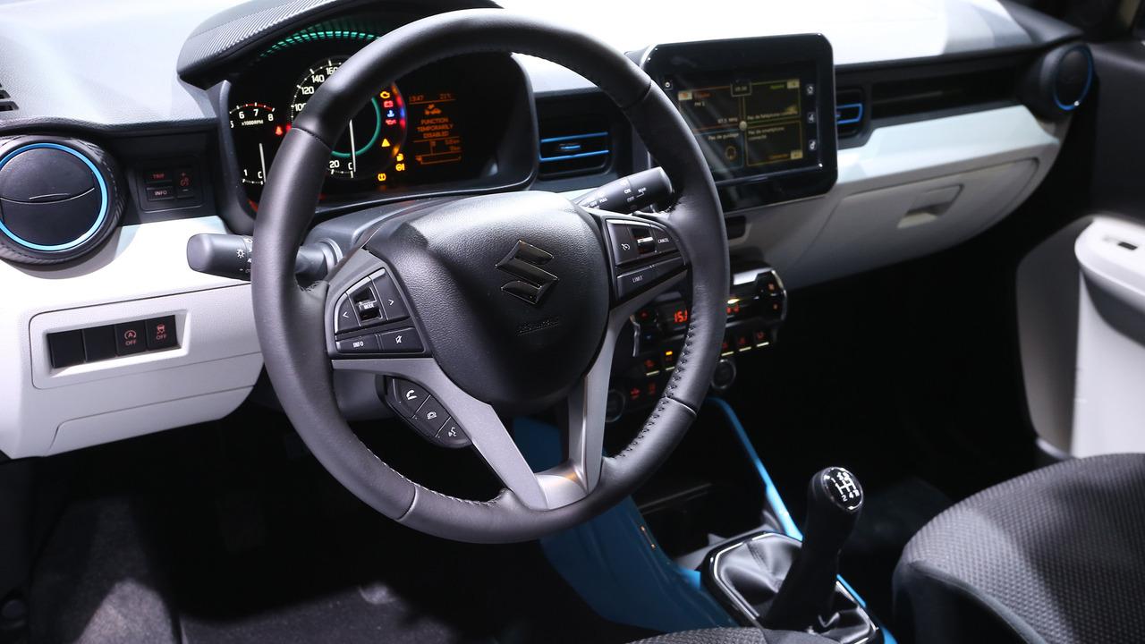 2016 Suzuki Ignis Paris Motor Show