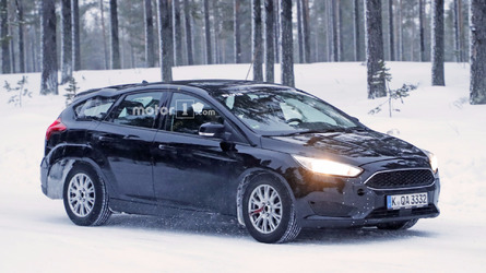 2019 Ford Focus wagon test mule spy photos