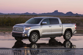 Chicago Auto Show: Dodges and Tundras and Nissans, Oh My