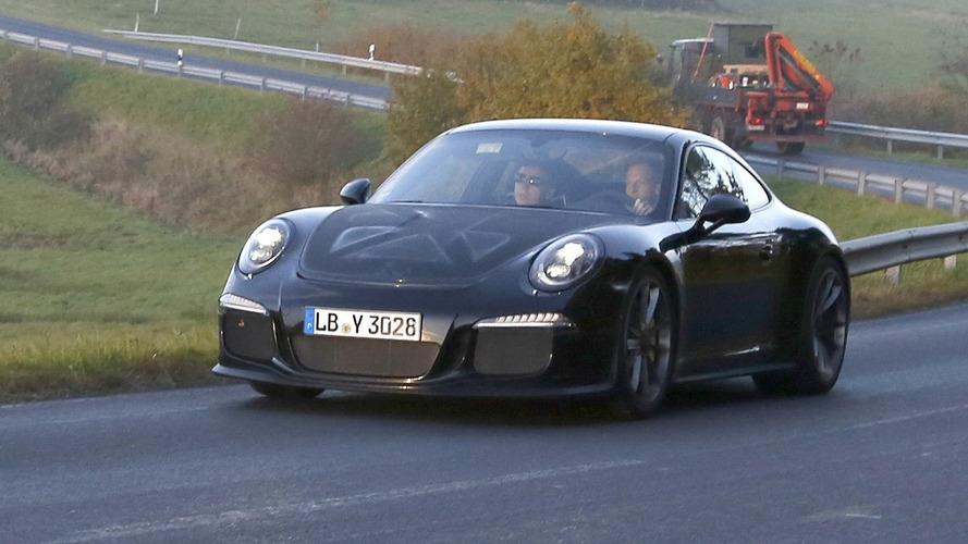 Porsche 911 R reportedly bound for Geneva