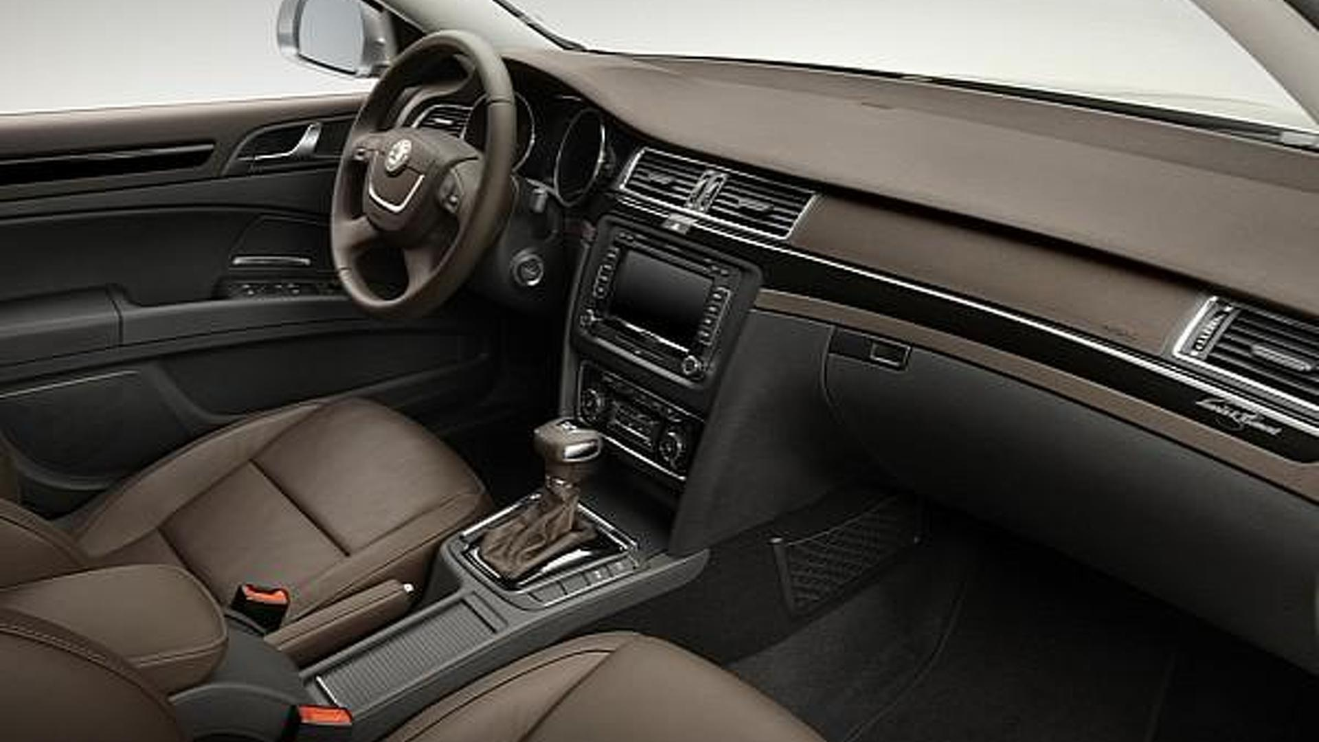 skoda superb combi laurin klement announced. Black Bedroom Furniture Sets. Home Design Ideas