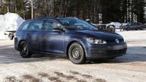 2014 Volkswagen Golf Estate spy photo 27.2.2013