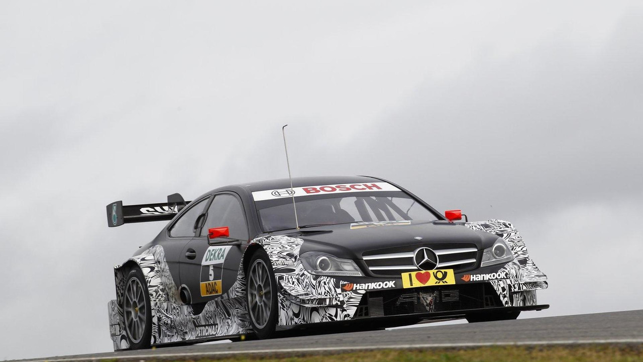 Vitaly Petrov DTM Mercedes AMG C-Coupe Portimao Portugal