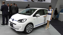 Volkswagen twin up! concept gets XL1 tech for Tokyo Motor Show