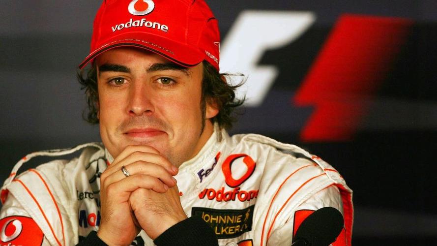 Whitmarsh laughs at Alonso return rumours