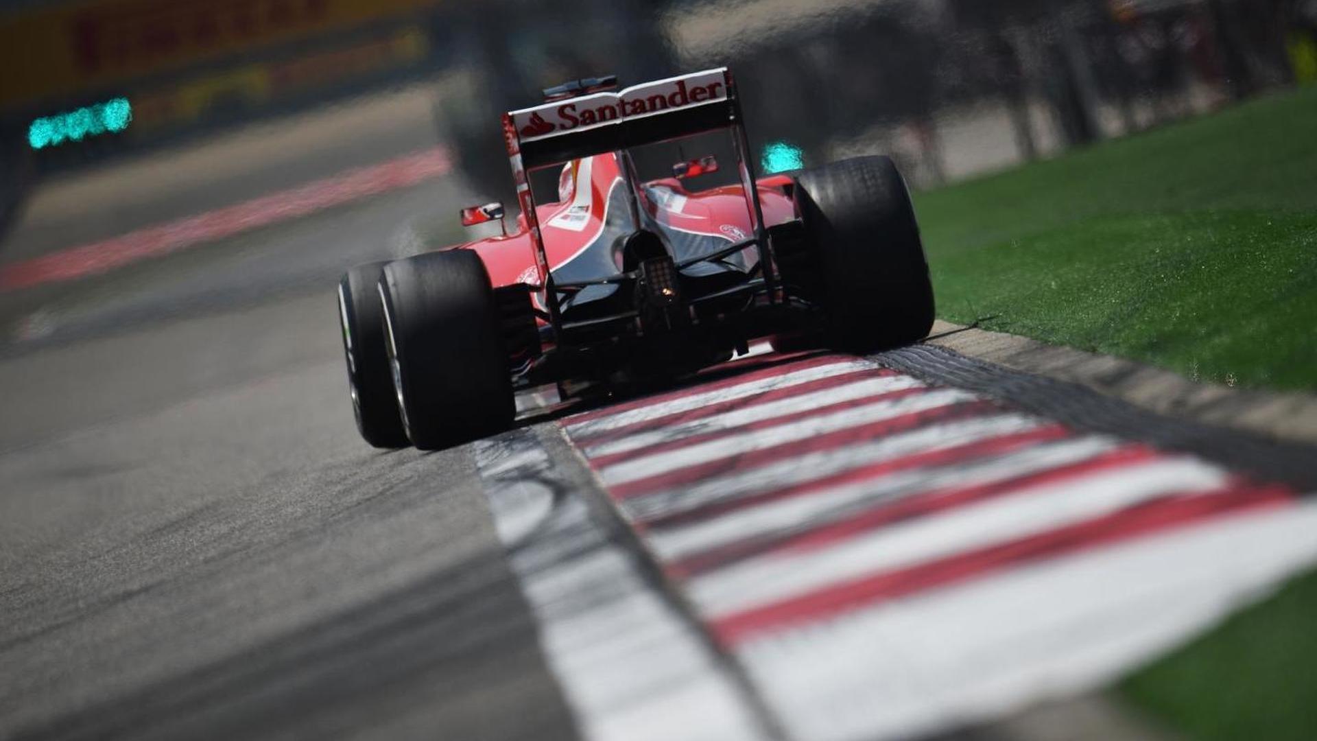 Ferrari plays down title hopes