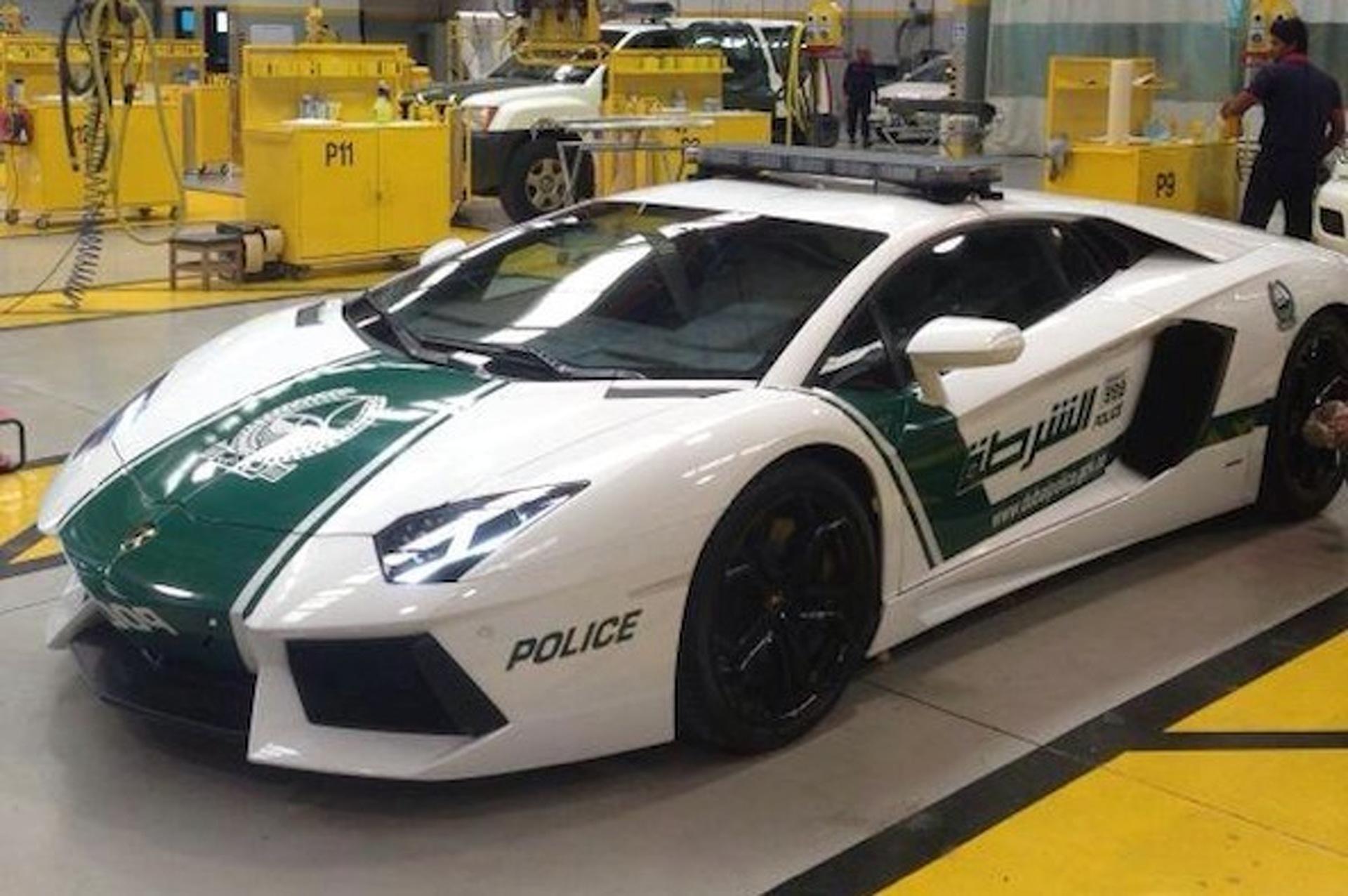 Dubai Police Take Delivery of Lamborghini Aventador Patrol Car