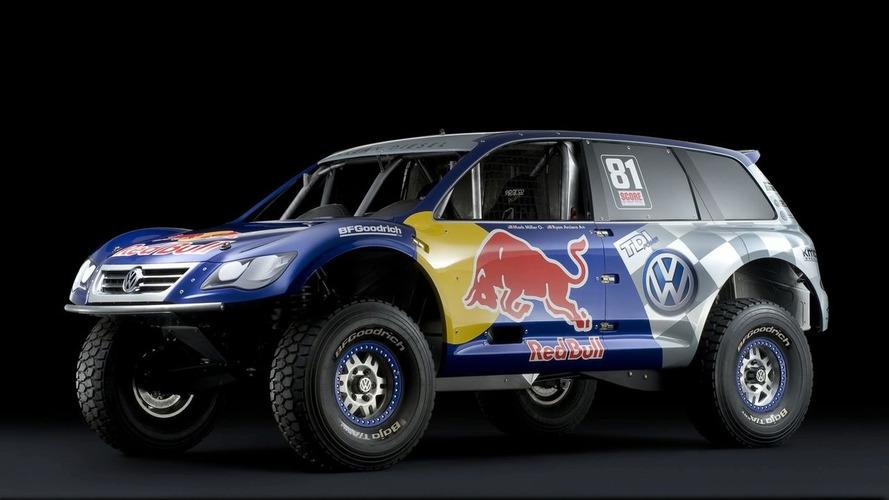 VW Debuts Red Bull Baja Race Touareg TDI Trophy Truck at LA Auto Show