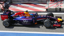 'Right decision' to stay for final test - Vettel