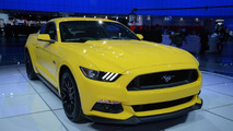 2015 Ford Mustang GT live at 2014 NAIAS