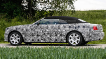 Rolls-Royce Dawn spied up close and personal with the roof up