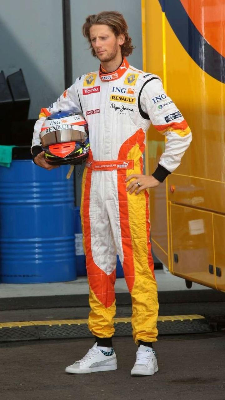 Romain Grosjean (FRA) , Renault F1 Team - Formula 1 World Championship, Rd 13, Italian Grand Prix, Monza, Italy, 13.09.2009
