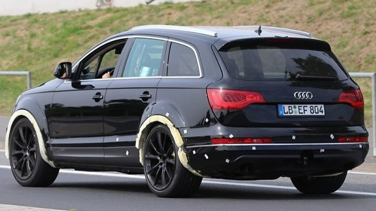Audi Q7 test mule spy photo