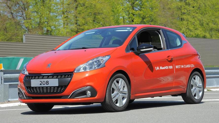 Production Peugeot 208 sets fuel consumption record with 2.0 l/100 km