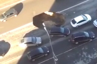 In Russia, Sinkhole Swallows You! [video]