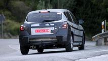 2014 Nissan Tiida replacement spy photo 17.07.2013