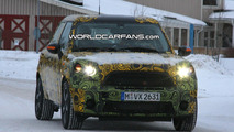 Mini Crossman SUV Winter Testing Spy Photo