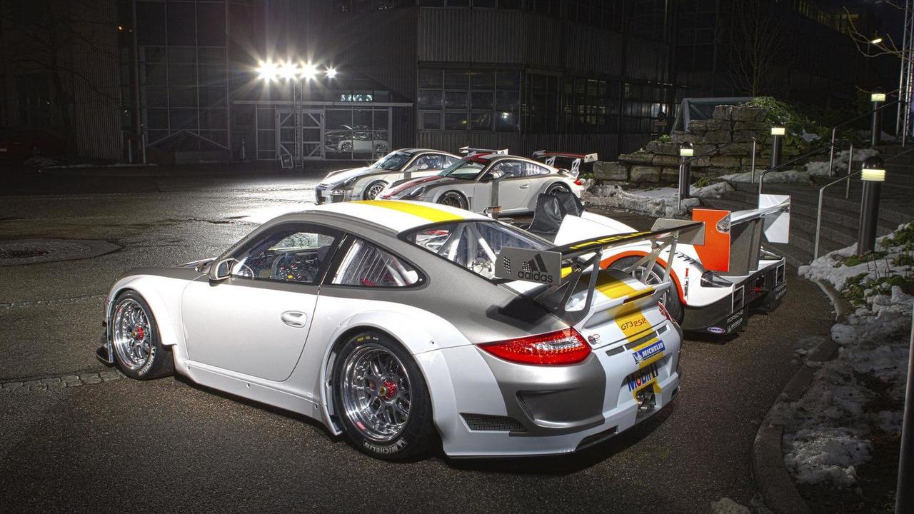 2011 Porsche 911 GT3 RSR - 12.13.2010