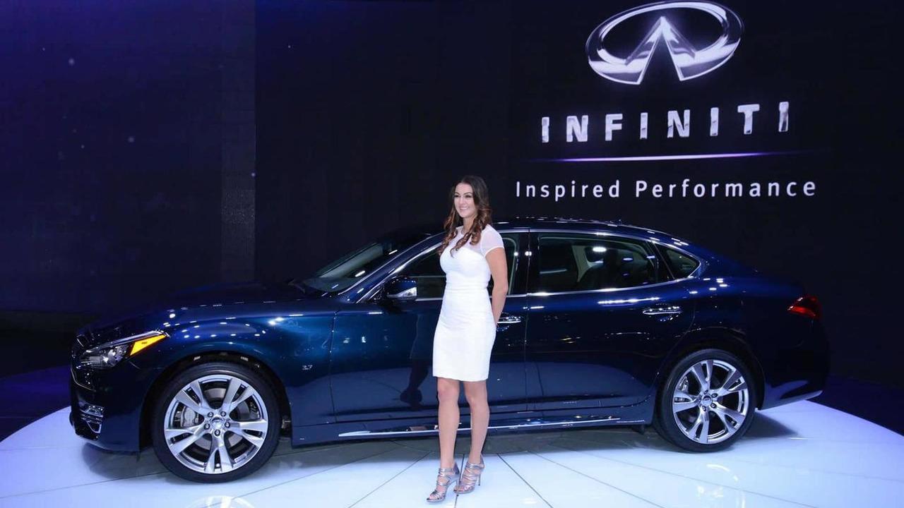 2015 Infiniti Q70L at 2014 New York Auto Show