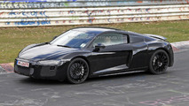 2015 Audi R8 drops most of its camo in latest spy shots