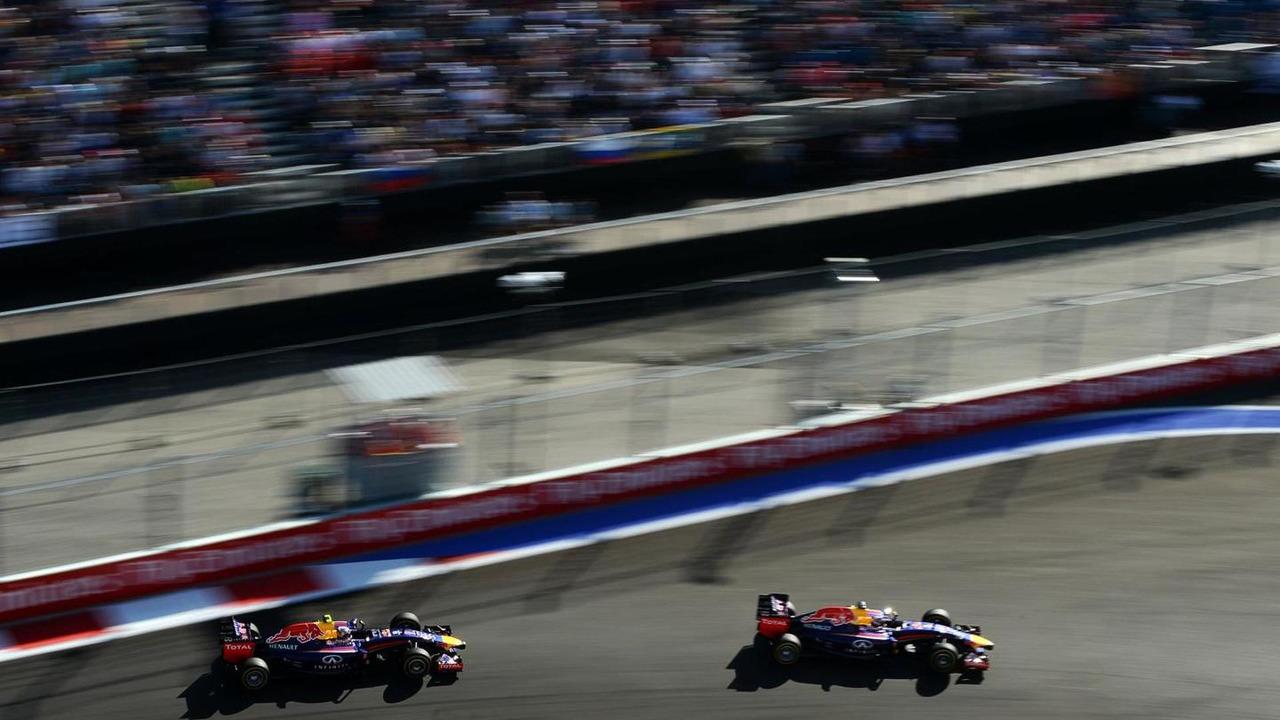 Sebastian Vettel (GER) leads Daniel Ricciardo (AUS) / XPB