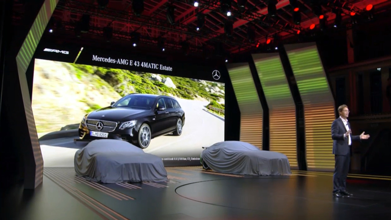Mercedes-Benz Paris 2016 Live Stream