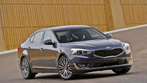 2015 Kia Cadenza revealed with minor updates