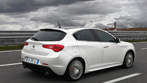 Alfa Romeo announces new engine, confirms U.S. launch for 2013