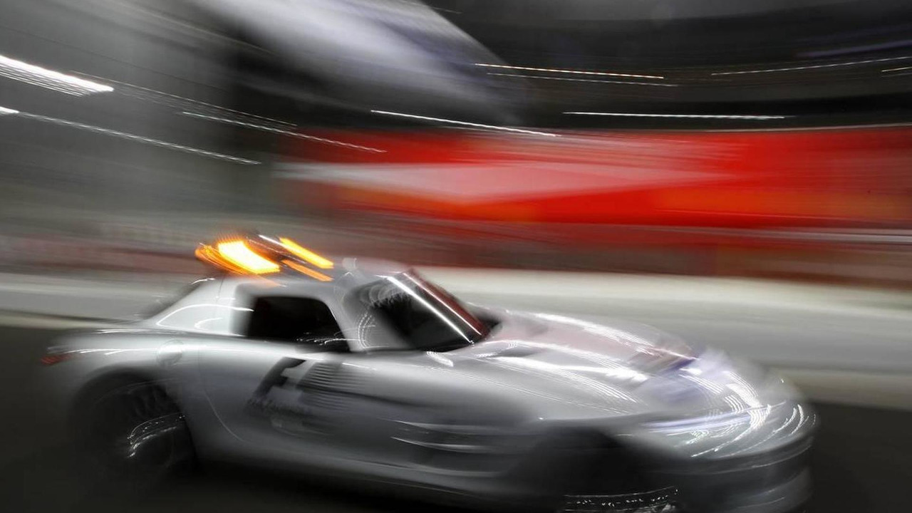 The safety car - Formula 1 World Championship, Rd 19, Abu Dhabi Grand Prix, 11.11.2010