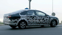 SPY PHOTOS: New Mondeo Fastback, Estate and Saloon