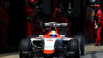 Merhi keeps Manor seat for Monaco