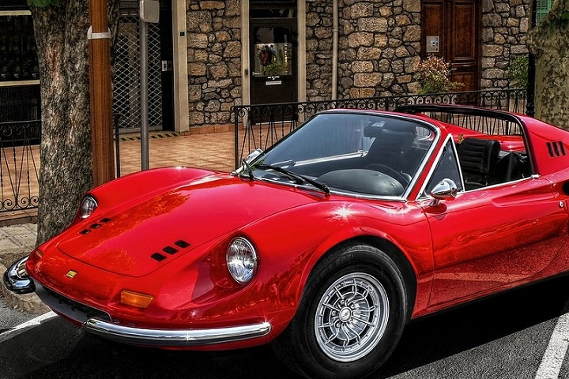 Ferrari Boss Marchionne Says 'The Dino is Coming Back'