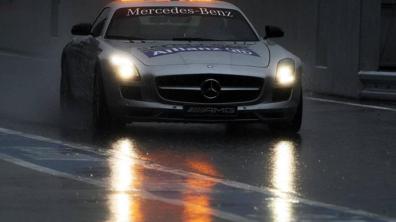 The safety car - Formula 1 World Championship, Rd 16, Japanese Grand Prix, Saturday Practice, 09.10.2010 Suzuka, Japan
