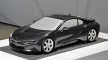 BMW i8 previewed through scale model
