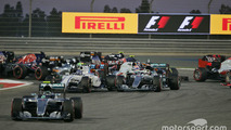 Absentees force delays to 2017 F1 rules vote